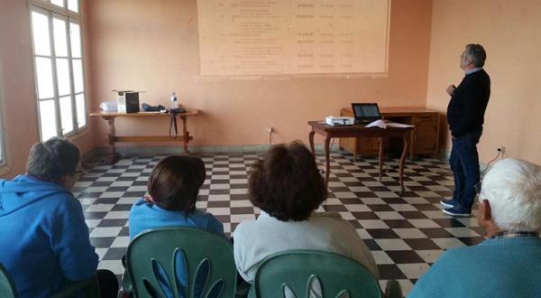 Asamblea Informativa sobre Proyecto de Presupuesto Municipal 2017. Asociación de Vecinos Las Caletas. 16 marzo 2017.